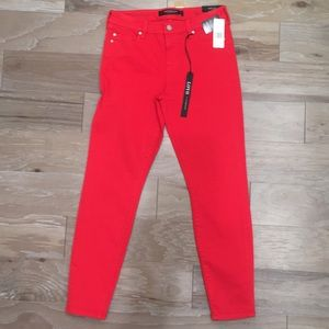 NWT PIPER HUGGER JEANS in Lipstick red